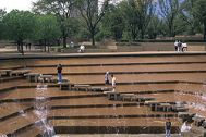 Fort_Worth_Water_Garden