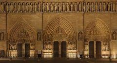 notre_dame_paris_front_facade