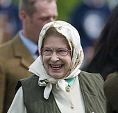 tn the queen of England1