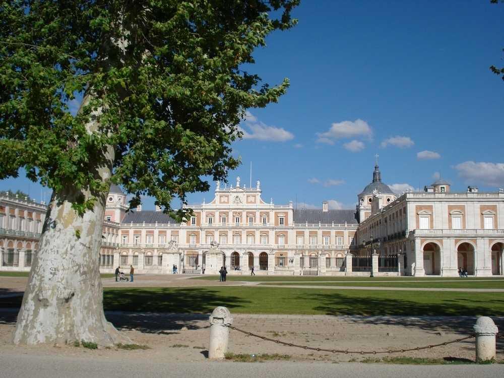Aranjuez a Summer Day  o a r s