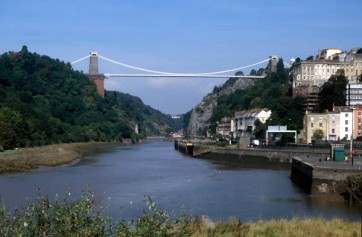 Clifton_suspension_bridge_from_hotwells_600